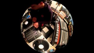 "Kid Koala – ""3 Bit Blues"" (Live in Studio)"