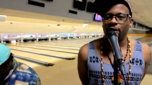 "Open Mike Eagle – ""Very Much Money"" (Bowling Alley Prefomance)"