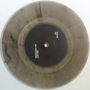 lr-14_vinyl-1024x1020